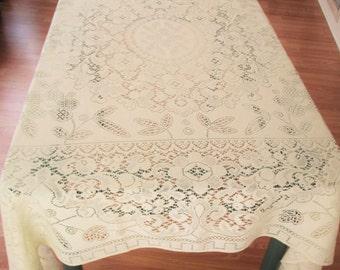 Vintage Lace Tablecloth Off White Color, Lace Tablecloth, Retro Lace Tablecloth, Off White Cream Color Vintage Lace Tablecloth