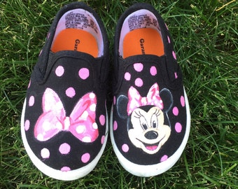 Minnie Baby shoes - Hand Painted