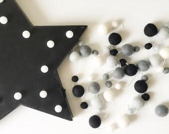 Monochrome Felt Ball Garland  -Pom Pom Garland