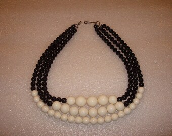 Black And White Three Layered Beaded Necklace