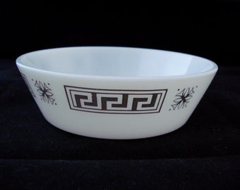 Pyrex cereal bowl