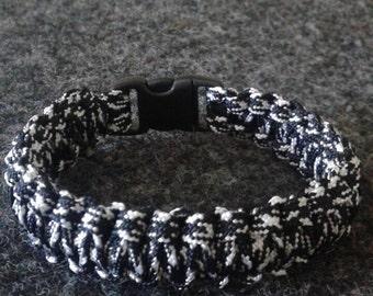 Black/White Camo Paracord Bracelet