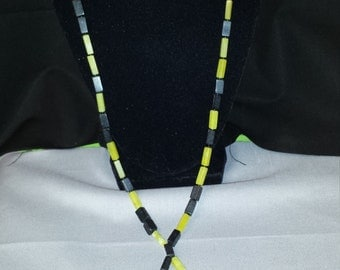 Serpentine and Blackstone beaded lariat style necklace