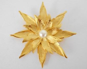 Large Brooch Pin Bright Gold Leaf Flower With A Pearl