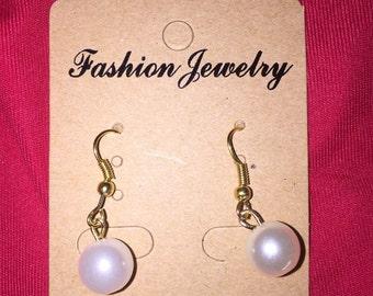 Beautiful white pearls earrings