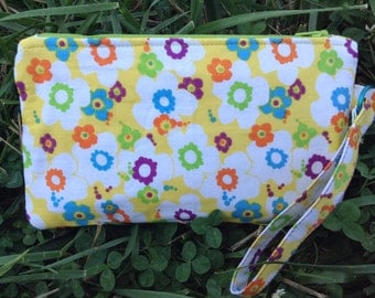 Multicolored floral wristlet