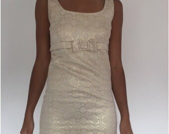Beautiful 1960s sleeveless shift dress