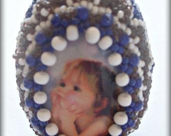 Easter egg of beads. Handmade.