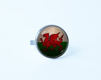 Flag of Wales ring Welsh jewelry Welsh flag ring Ladies ring Welsh Dragon ring National flag jewelry Wife gift Flag jewelry Patriotic ring