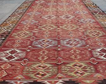 Vintage kilim rug 10x6 ft