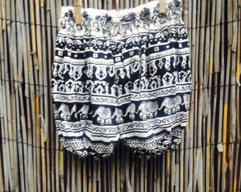Kids' Flowy Pants!   Black and White