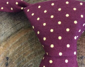 Burgundy lemon toddler tie for boys with velcro fastening