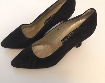 Black Suede High Heel Shoes Kenneth Cole 90s 1990s made in spain 9 Business Power Woman 1980s