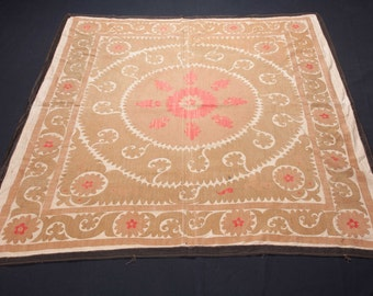 Vintage 1960's all cotton SUZANI from SAMARKAND, Uzbekistan 150 x 160cm / 4'11'' x 5'3'' FREE Shipping No:018