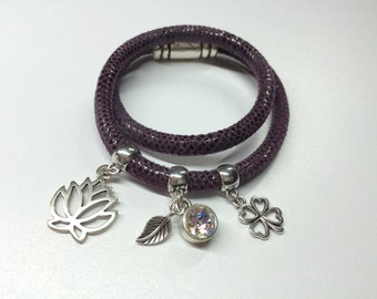 Bracelet made of genuine leather with lizard embossing