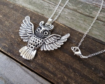 Owl necklace, Owl pendant necklace, Silver Owl necklace, FREE SHIPPING
