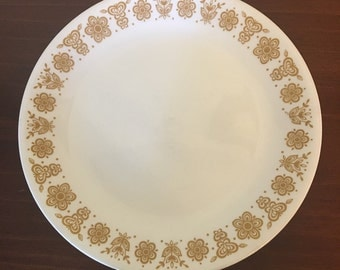 Vintage Pyrex Butterfly Gold plates-set of 4