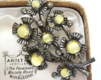Lovely Vintage Flower Bouquet Brooch by MIRACLE