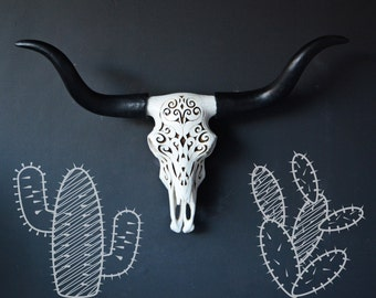 Faux cow skull, faux skull, faux taxidermy, southwestern decor, longhorn, faux longhorn, animal skull, decorative cow skull, home decor,