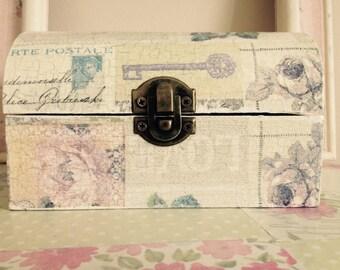 Pretty Decoupage Box