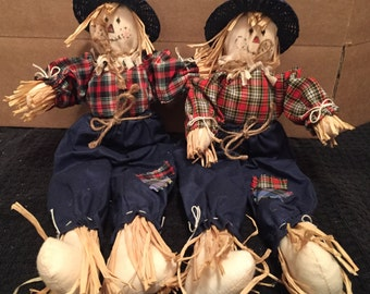 Set of 2 Small Scarecrow Dolls/Decorations
