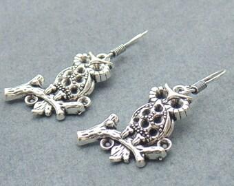 Owl Earring / Hook Earwire Earring / Everyday Earring / Gift Owl Jewelry / Ethnic Earring / Tribal Earring / Boho Earring / Bird Earring /E6
