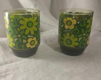 Mod green flower power glasses set of 2