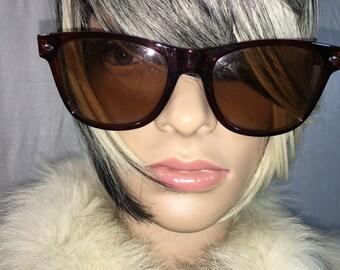 Vintage Classic Brown Wayfarer Sunglasses
