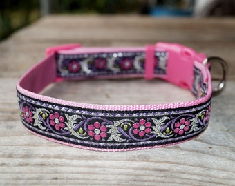 Pink collar for dog