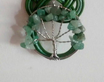 Necklace tree of life with jade and josephine knot