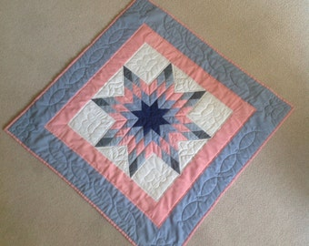 Vintage Lap/Wall Hanging Quilt Star Pattern from 70's