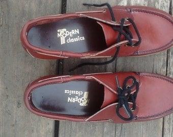 Women's US Size 7.5 Vintage Boat Shoe Maroon Leather