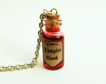 Vampire blood. Necklace with glass bottle | Vampire necklace | Blood trailer | Gothic jewelry | Vampire blood
