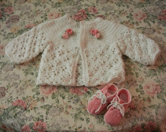 Baby girls sweater and booties