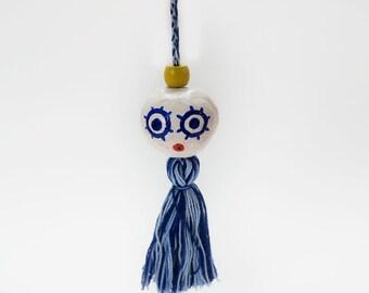 Blue Eyed Tassel Friend