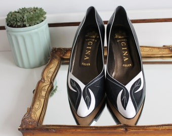 Vintage Gina London Navy & White Leather Colour Block Two Tone Floral Embroidery Applique Heels Shoes Size UK 5.5  EU 38.5 US 7.5