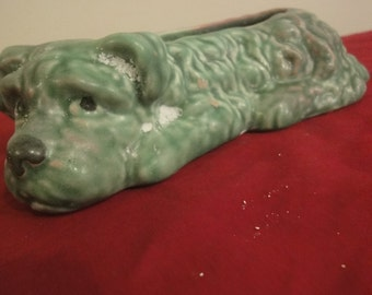 Sylvac posy sealyham dog no2024  finished in green