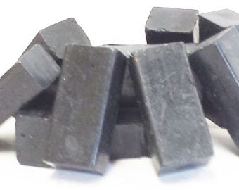 1 lb Black Beeswax Blocks - for Candlemaking, Crafts and Encaustic Painting