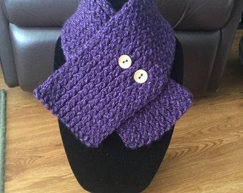 Handmade knitted purple cowl