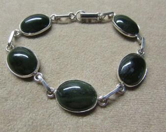 Gorgeous Jade STERLING silver 5 stone bracelet.