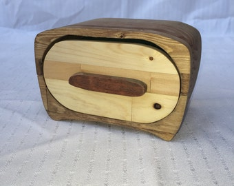 Beautiful handmade band saw box