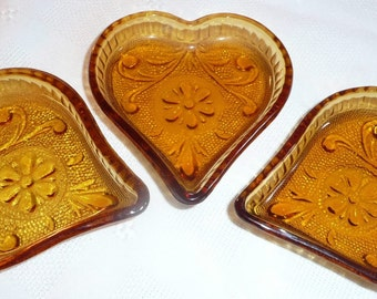 Amber Glass Heart Dishes - 3