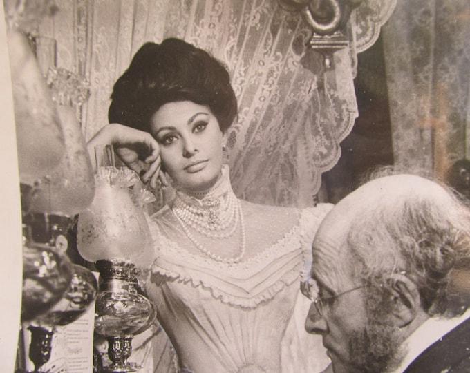 Vintage photo Sophia Loren, original Lady L pressprint, silver screen actress, costume portrait image, print to frame, vintage home decor