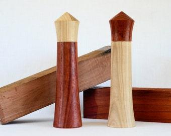 Wooden - artisanal salt and pepper grinder / Pepper mill