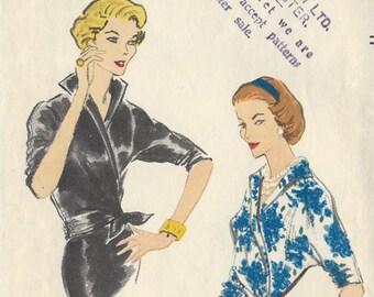 1957 Vintage VOGUE Sewing Pattern B36 BLOUSE (1307) Vogue 9074