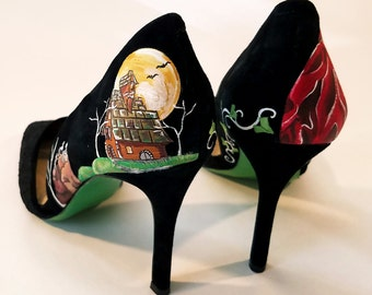 Wolf's Kiss - Hand Painted High Heel Shoes