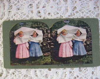 Ingersoll Stereoscope, Stereoview Card, Antique Paper,No. 19 , The Wrecking of the Daily News, Children Playing ,Circa 1890s,Story Card