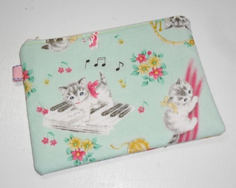 Retro Vintage Look Kitties XL Padded Zippy Pouch / Kawaii Clutch / Cosmetic Case -- Green (Other Colors Available)