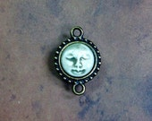 Small Framed Face Link Pendant in Pale Flesh and Brass Finish Pewter