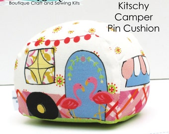 Kitschy Camper Pin Cushion - Needlecraft it